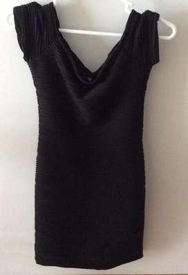 Vestido Negro Talla S - Marca Brat Star