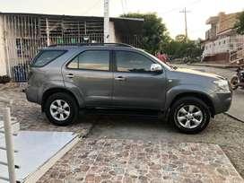 Toyota fortuner 2009 diesel automatica