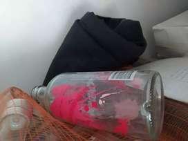 Vodka Absolut vacía