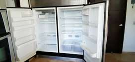 Nevecon Frigidaire Side by side