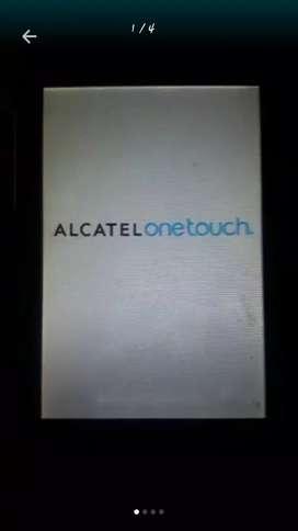 Dios les bendiga, vendo celular pequeño negro Alcatel onetouch