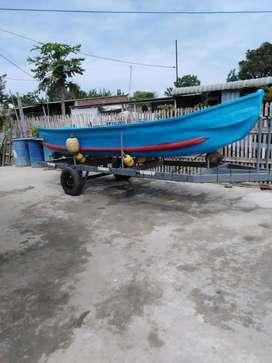Bote con motor