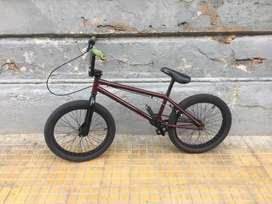 vendo bici estilo BMX