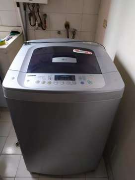 Lavadora LG Fuzzy Logic 31 Libras
