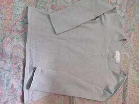 Remera de algodon gris