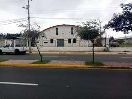 Bodega industrial ubicada en avenida Celso Augusto Rodríguez junto a inpapel