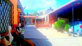 Venta de casa con terreno en el centro de Catamayo, Loja
