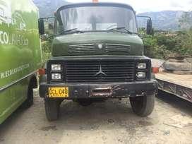 Vendo camión Mercedes Benz
