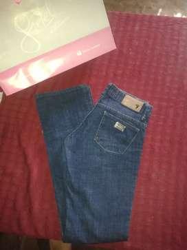 Jean nuevo