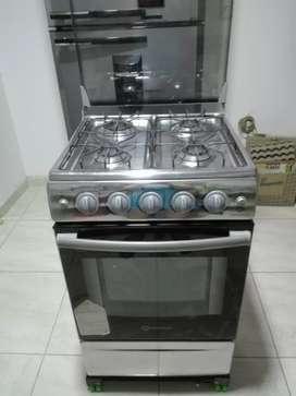 Se vende cocina con horno