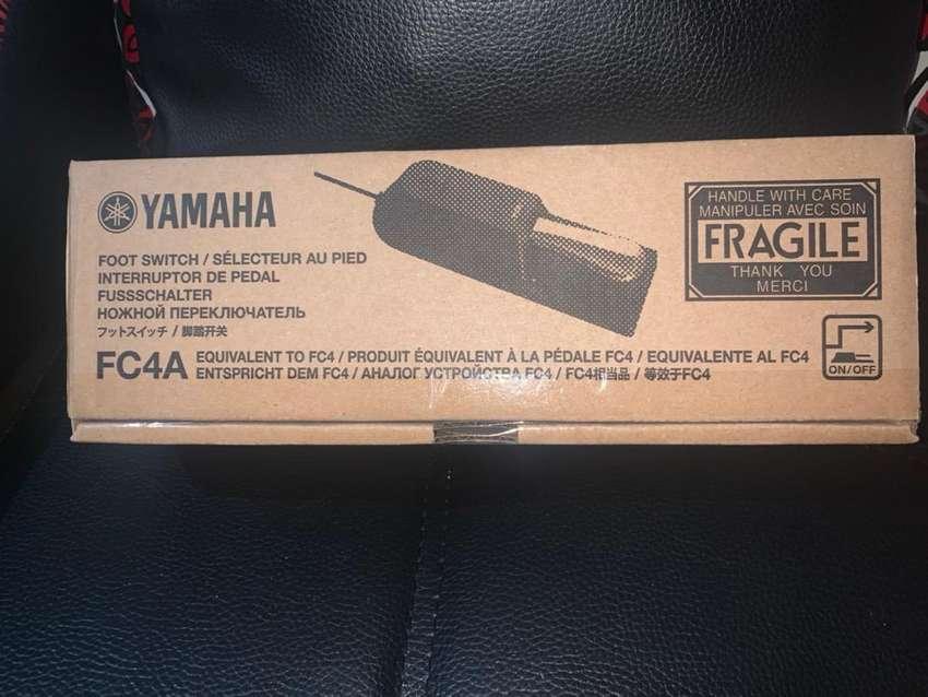 Pedal de sostein yamaha FC-4A 0