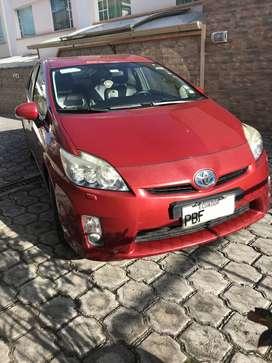 TOYOTA Prius 2010 $13,500 (negociables)