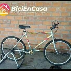 Rodillo de entrenamiento bici en casa