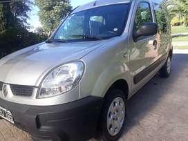 Renault kangoo gnc 7 asientos 2011