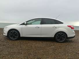 Ford Focus titanium at6 power shif