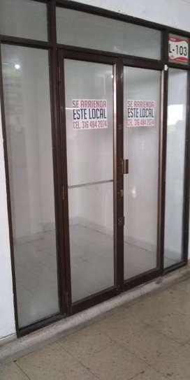 Local Centro Comercial Andalucía