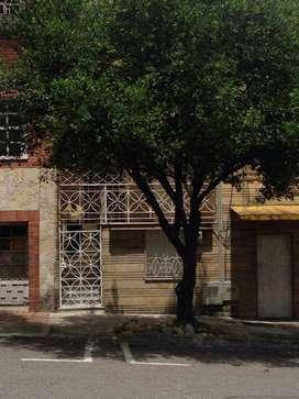 Arriendo Habitación Prado Centro, 330mil/mensual.