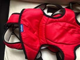 Canguro rojo para bebé Infanti