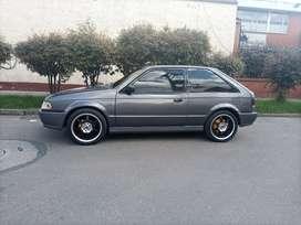 Se vende hermoso Mazda 323
