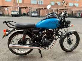 Moto NKD modificada