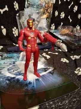 Extraordinaria Colección de figuras de acción marvel Iron man