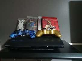 Ganga PlayStation 3 con 2 controles y 4 juegos