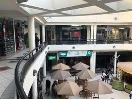 San Miguel - Se traspasa local comercial con negocio de comidas