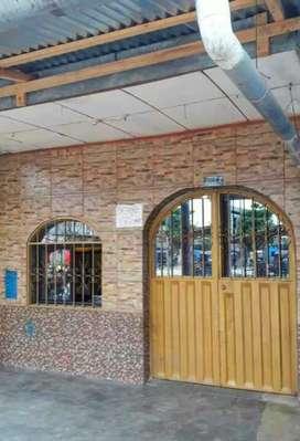 Remato Casa en Calle Pevas cuadra 20,  sala, comedor, 3 cuartos, 3 baños' lavatorio, segundo piso para tendedero, tanque