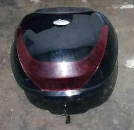 Cajuela para moto 28 litros