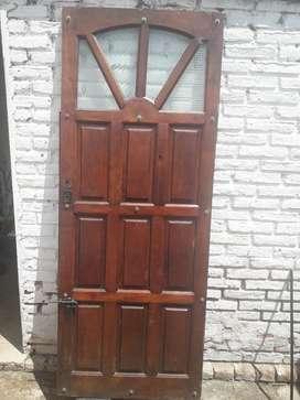 Puerta Reforzada con Pasador