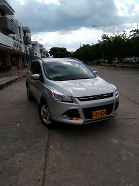 Vendo o permuto Ford escape 2.0 turbo