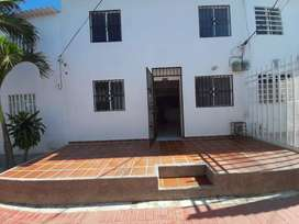 Vendo casa de dos pisos adelita de Char