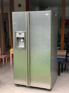 Refrigerador GE side by side 700litros