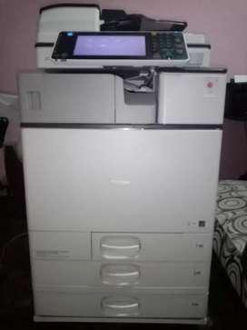 Fotocopiadora Ricoh Mp c2503 precio oferta