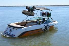 Lancha wakeboard Super Air Victoria