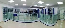 fabricación de vitrinas para exhibición comercial en droguerias,opticas,veterinarias, centros tegnologicos,etc.
