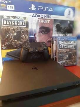 PS4 Nueva en caja +3 Juegos+3Meses Ps plus
