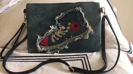 Se vende bolso nuevo converse