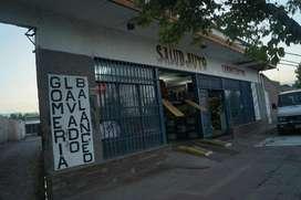 Local Comercial con Galpones