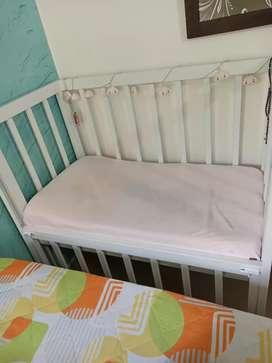 Cuna colecho bebe