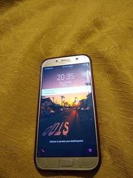 Vendo celular a7 2017 esta para claro perfecto estado