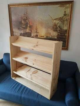 Muebles en madera de pino