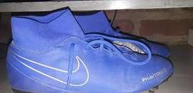 Botines nike color azul (nuevos)