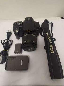 Cámara Canon digital Rebel XT