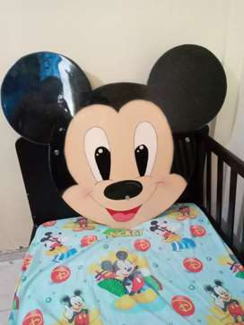 Hermosa cara de mickey para cama de 1.20 o 1 metro