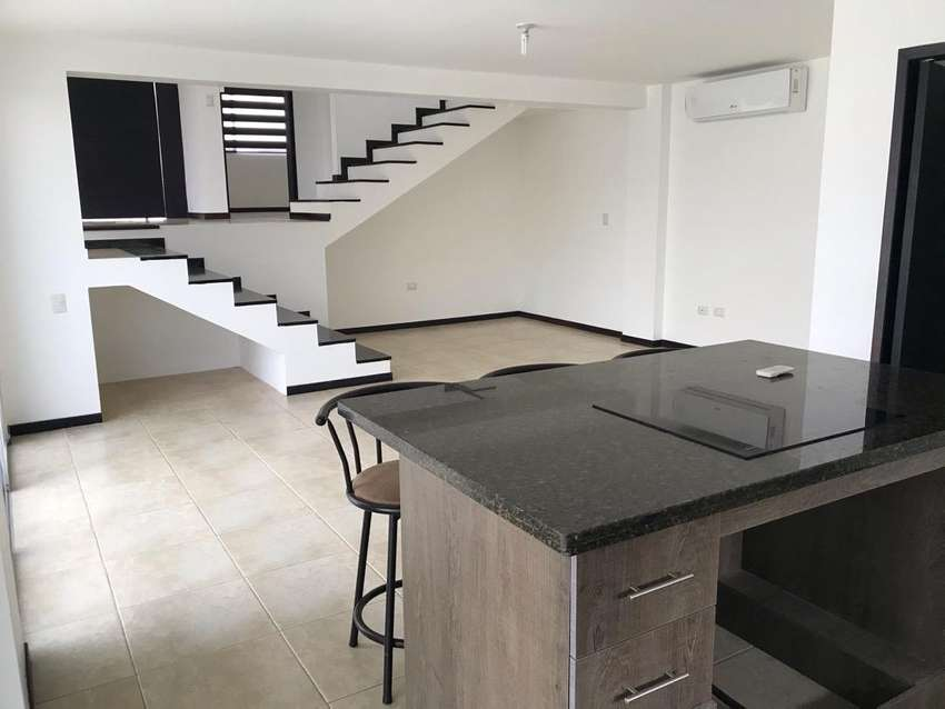 Casa en Venta en Altos de Manta Beach 0
