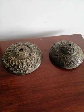 Bases en bronce antiguas