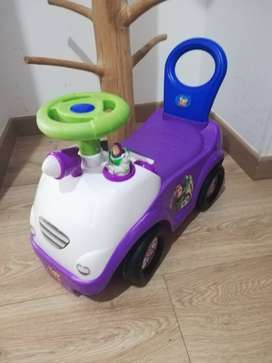 Carro Corre pasillo Toy Story 4 - Disney - usado