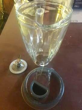 Vendo jarra de vidrio para licuadora oster (solo oster)