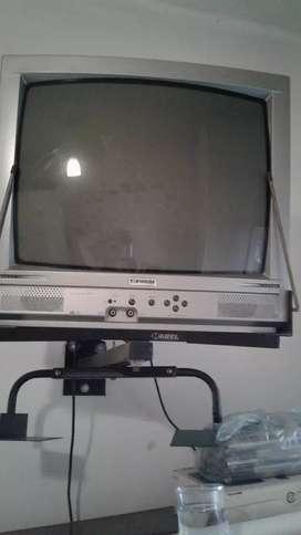 Tv color 20 pulg con soporte para colgar sin control